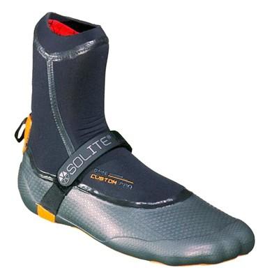 Kaiting neoprenovaia obuv
