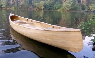 Kanoe iz dereva