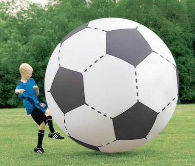 Gigantskii futbol