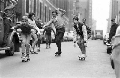 Skeitbording Katanie na skeitakh v 1960-ykh