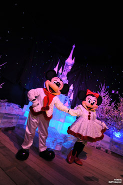 Mickey and Minnie launch Champs Elysées Christmas market