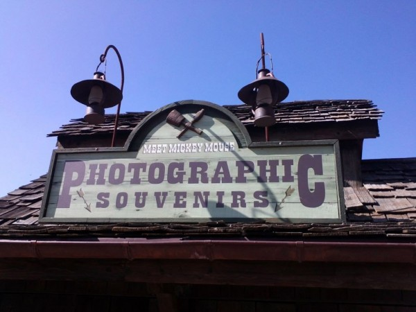 Temporary Meet Mickey Mouse at Cottonwood Creek Ranch (C) @InsideDLParis
