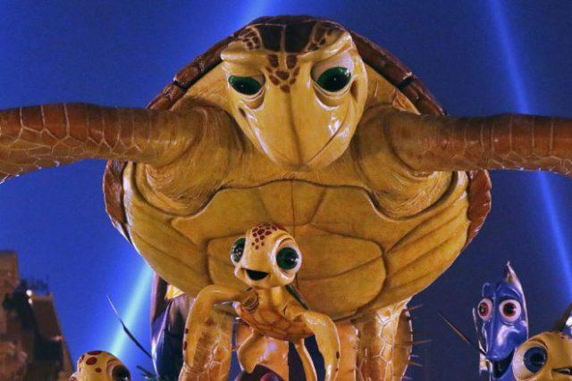 Finding Nemo Disney Stars on Parade float Disneyland Paris 25th Anniversary