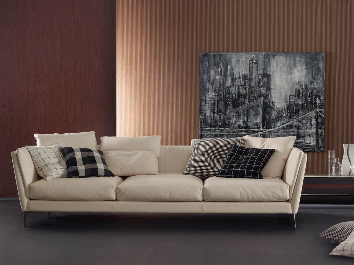 poltrona frau sofa kennedee tulsa leather buy the bretagne three seater at nest co uk