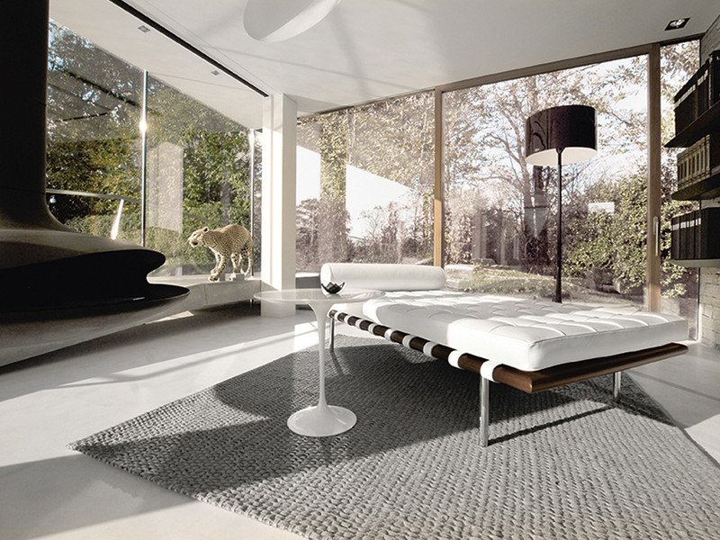 Buy the Knoll Studio Knoll Barcelona Day Bed at Nestcouk