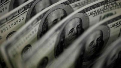 Nigeria's Foreign Reserves Record Biggest Drop as Dollar Inflow Shrinks
