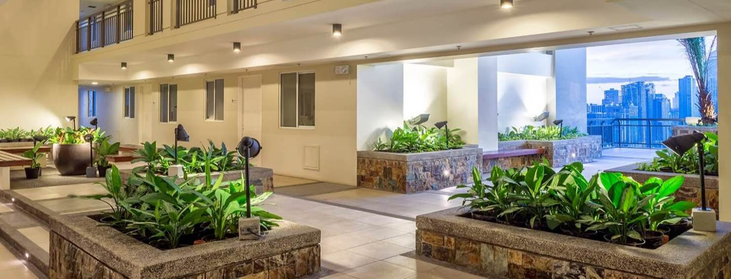 Sheridan Towers-Landscaped Atriums-large