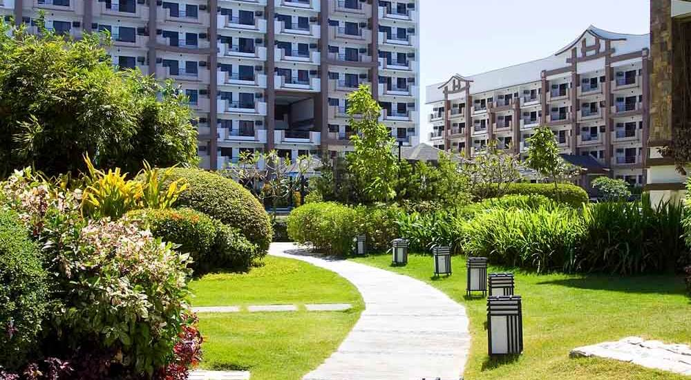 original-rhapsody-residences-walk-way