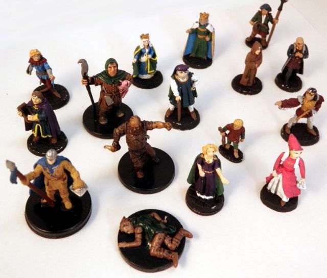Bystander and civilian miniatures