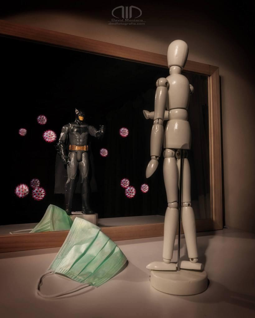 S16 Reflejo héroes anónimos - Jugando con el espejo y el light painting