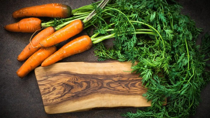 cuisiner les fanes de carottes