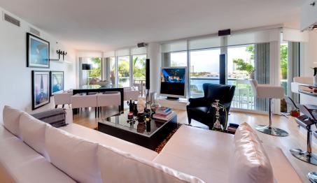 Residential Premium Home Theater installation Audio Visual Integration by dmg Martinez Group in Williams Island Aventura, Florida