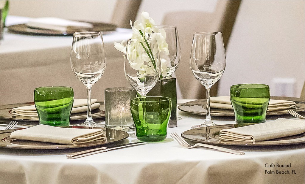 Romance your table with Bilbao colored tumblers