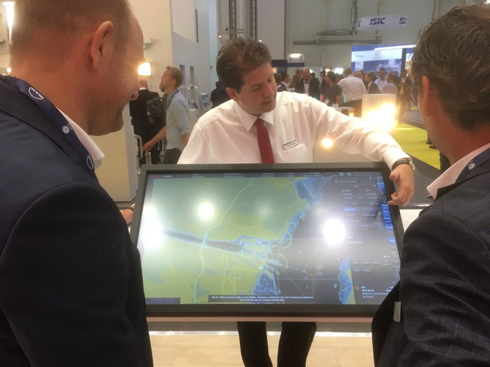 medium resolution of at smm 2018 raytheon ansch tz unveils a new suite of navigational software designed for intuitive operation and enhanced with smart functionality