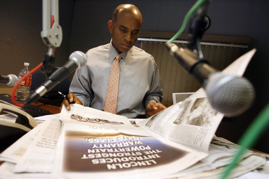 Texas Radio Hall of Fame honors Willis Johnson. veteran broadcaster. champion of community service