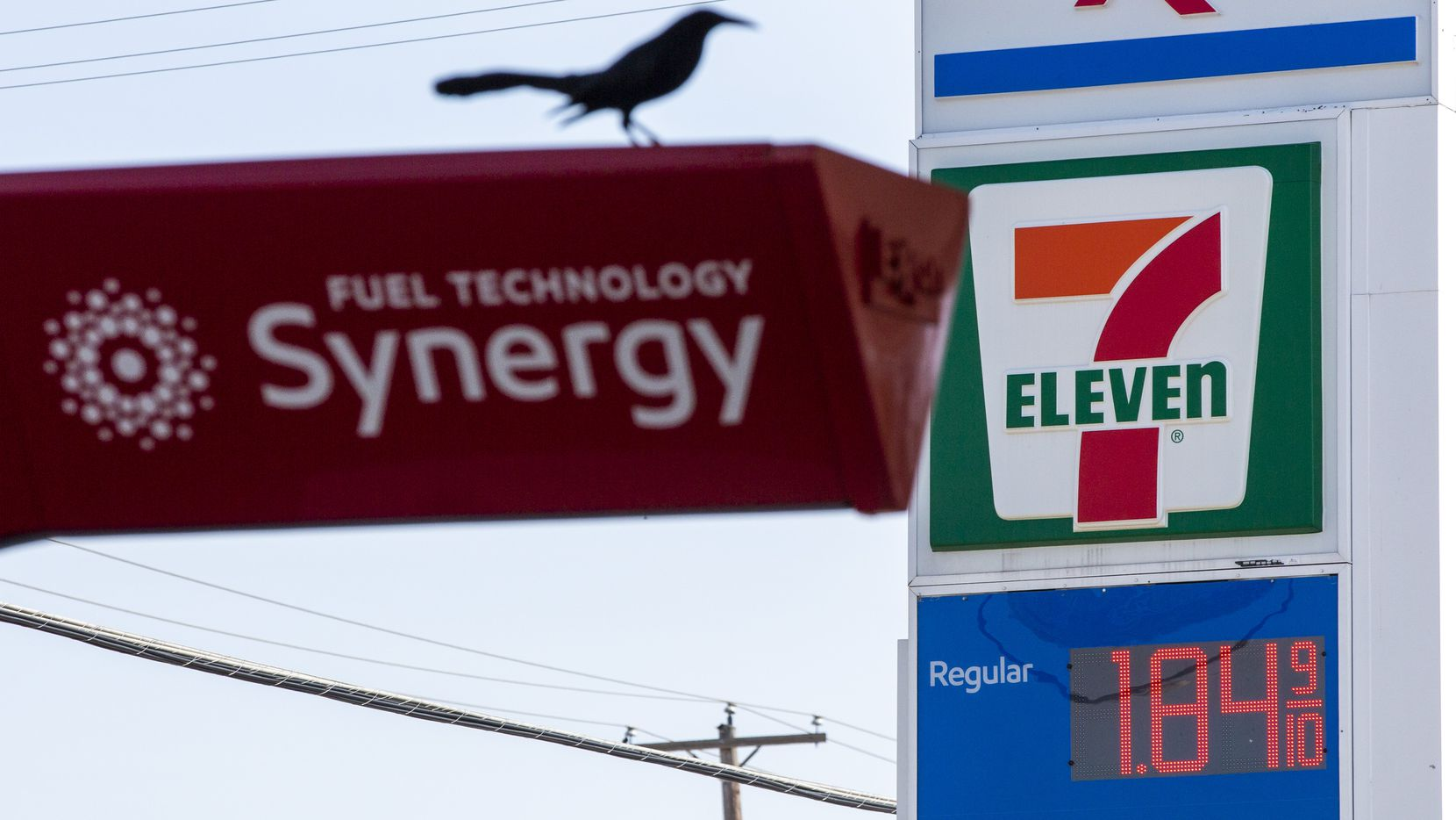 Coronavirus concern, price war drives Texas gas prices to lowest ...