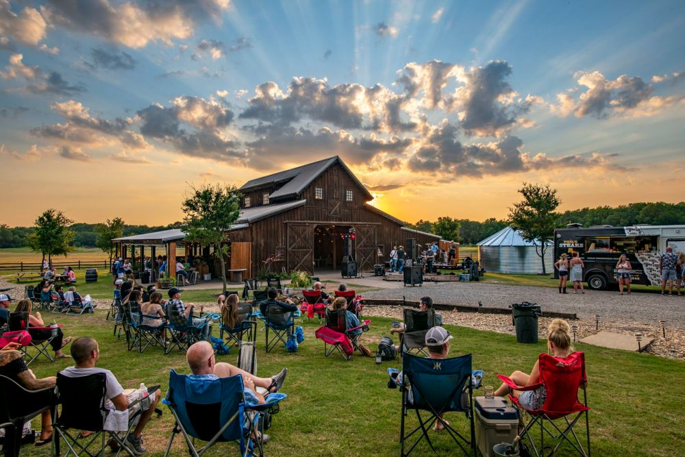 BarnHill Vineyards in Anna, Texas, features wine as well as live music.