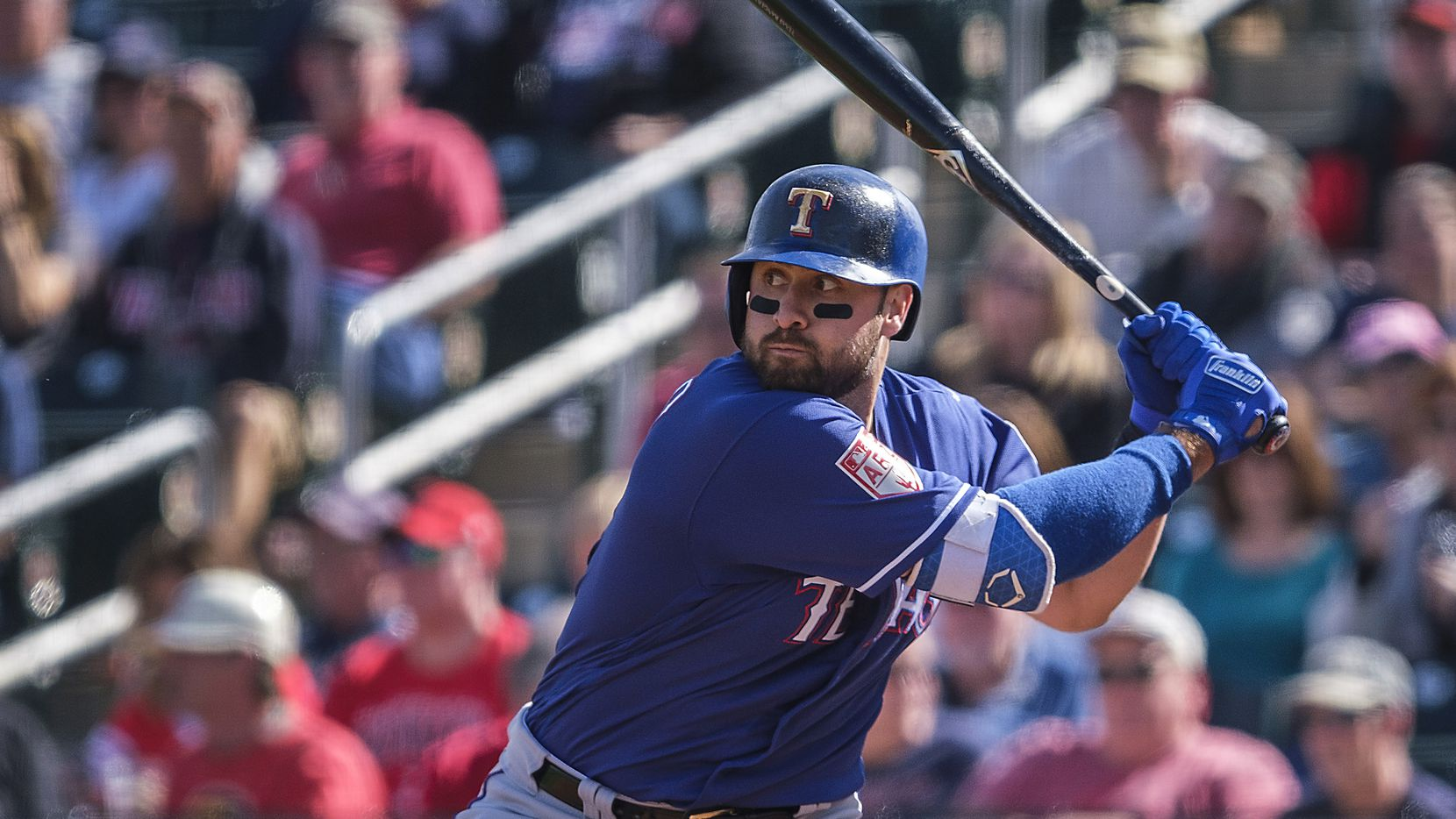 Joey Gallo has the potential to be a two-way star and the Rangers are 'pushing him to be that'