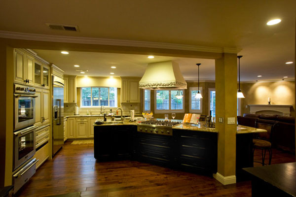 Interior kitchen lighting installed by DMR Electric's Pleasant Hill electricians