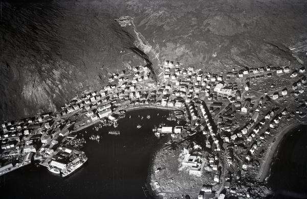 Flyfoto Parti Av Honningsvåg Indre Havn 22 08 1953