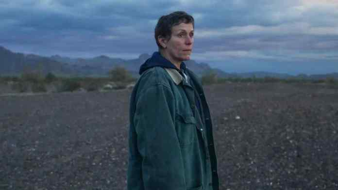frances mcdormand in Nomadland film by Chloé Zhao