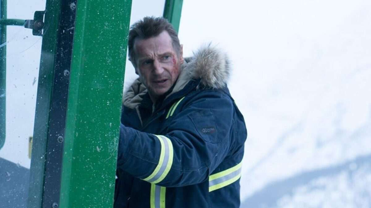 The Ice Road Summary & Ending, Explained 2021 Film Liam Neeson
