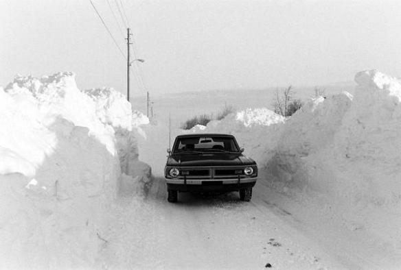1978 blizzard snow tunnel
