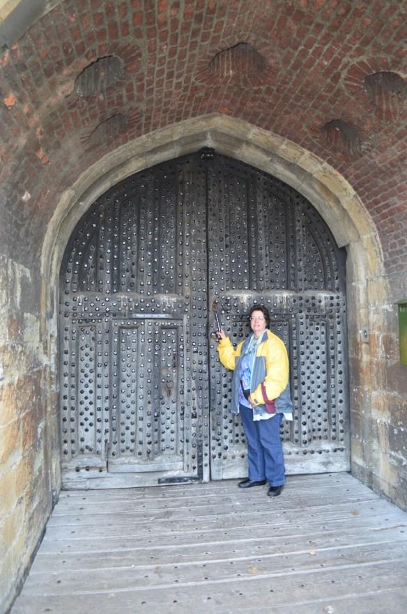 deal castle door me
