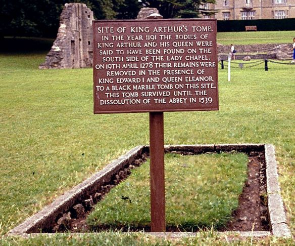 glastonbury king arthur tomb