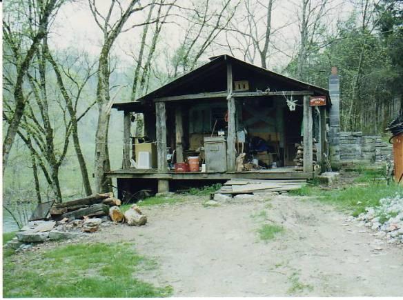 mary parkey cabin on powell river