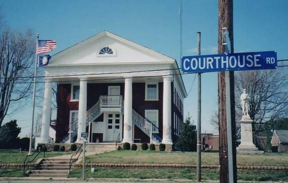 Luremia lunenburg courthouse