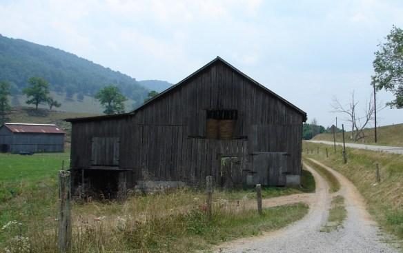 Vannoy barn across road