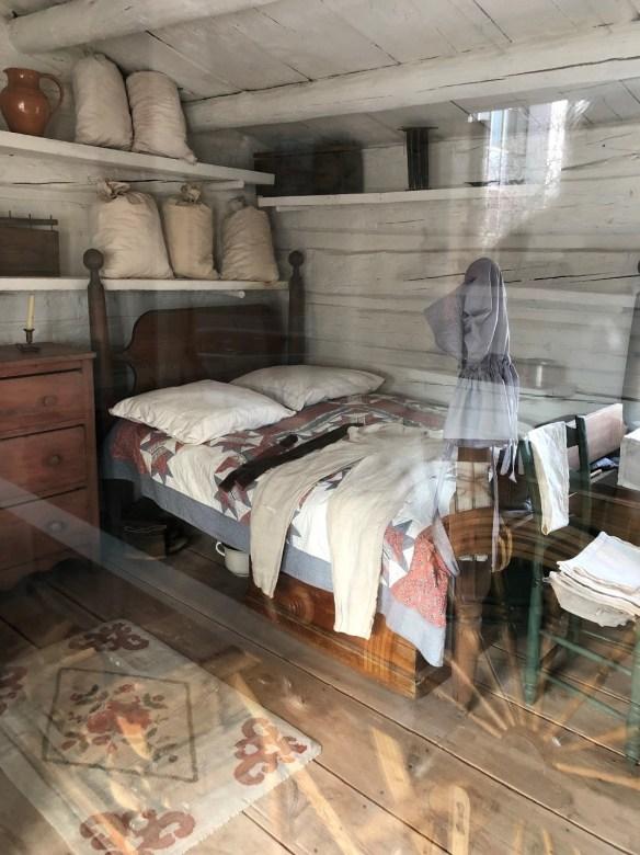 2019-cabin-bed.jpg