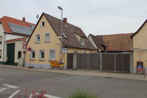 Fussgoenheim corner.jpg