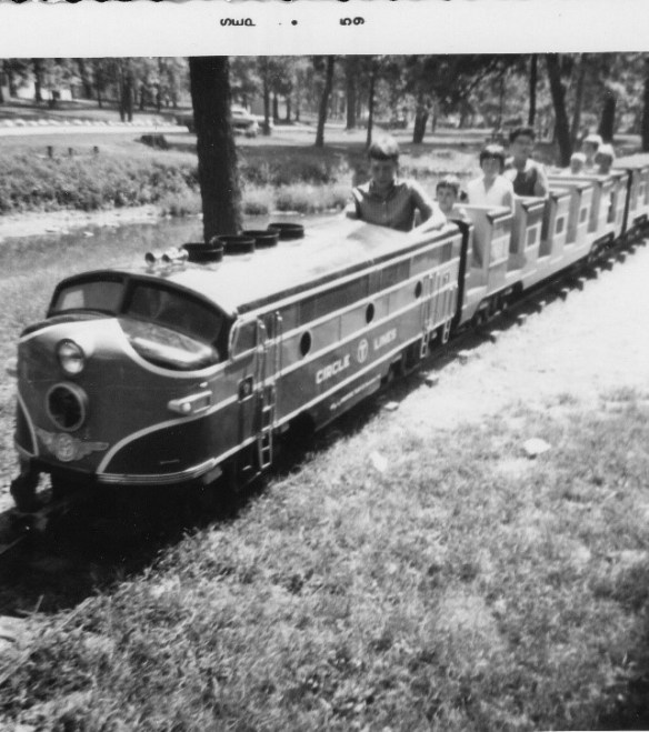 Kokomo Highland train 2.jpg