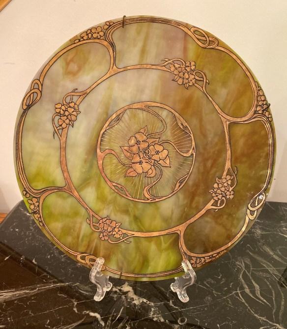 Kokomo Opalescent plate.jpg