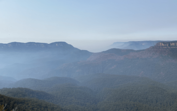 Australia Blue Mountain overlook 3.png