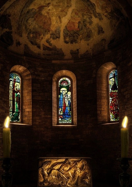 Hofschneider candles window.jpg