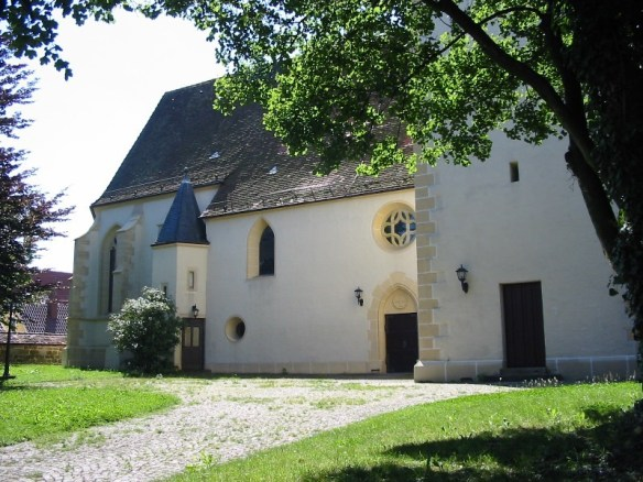 Margaertha Bechtold Heiningen church north side