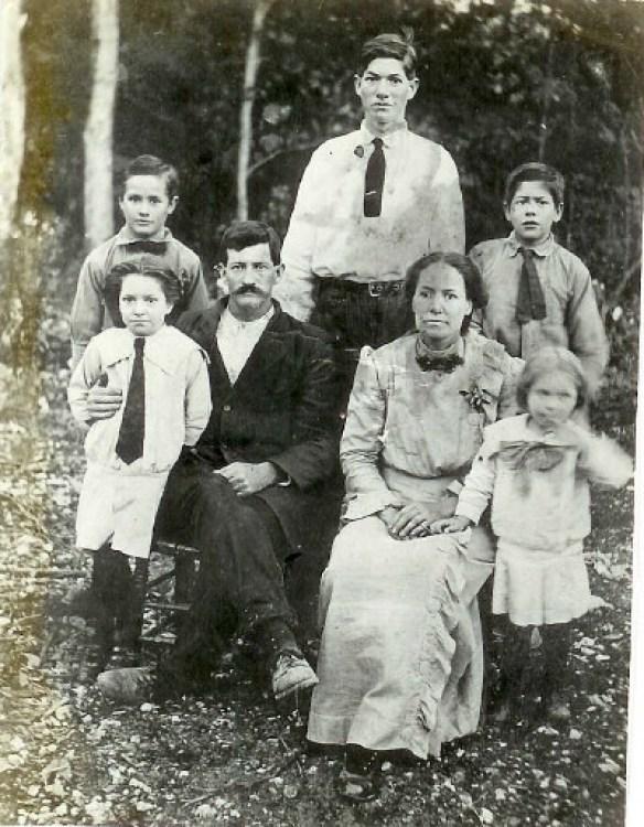 Estes 1910 family