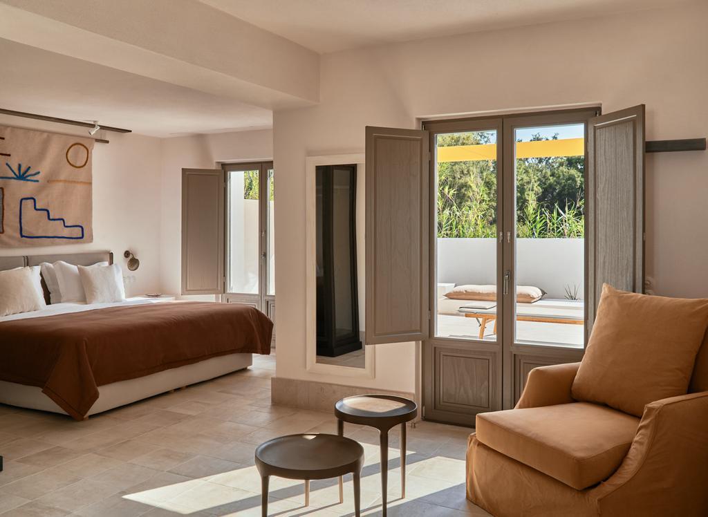 Parilio design hotel Paros