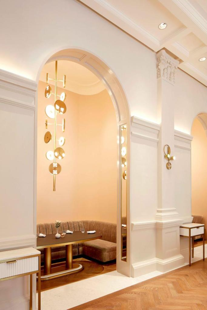 Raffles Hotel Singapore restaurant