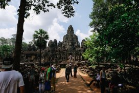 Making our way to Bayon temple
