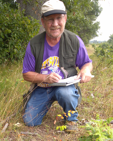 Bob Hess recently received a Recovery Champion Award from the U.S. Fish & Wildlife Service for coordinating recovery efforts for Karner blue butterflies, a species listed as endangered in Wisconsin and the United States.