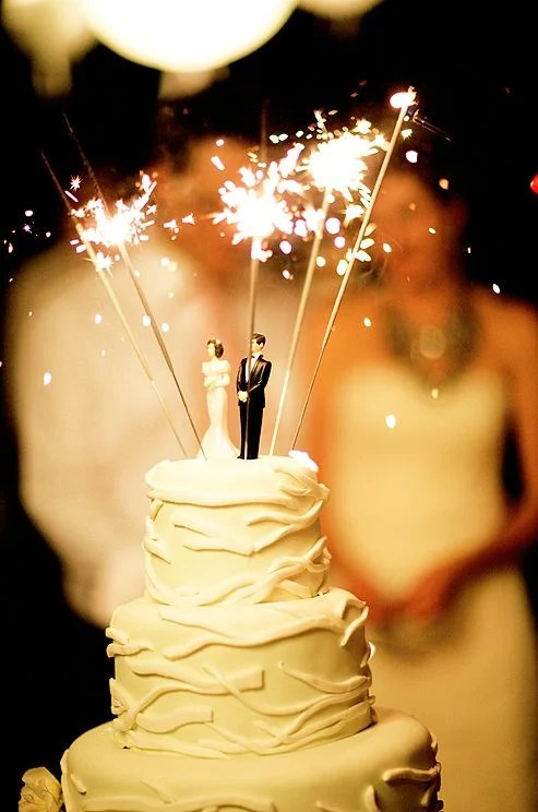 15 Awesome Ideas For Wedding Cake Toppers Woman Getting