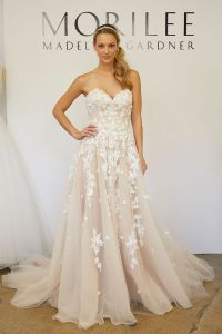 Wedding Dress Designers' Favorite Necklines | Woman ...