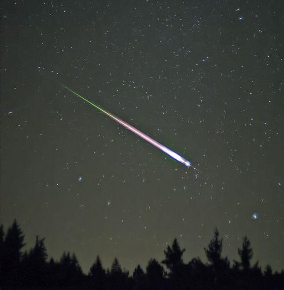 640px-Leonid_Meteor