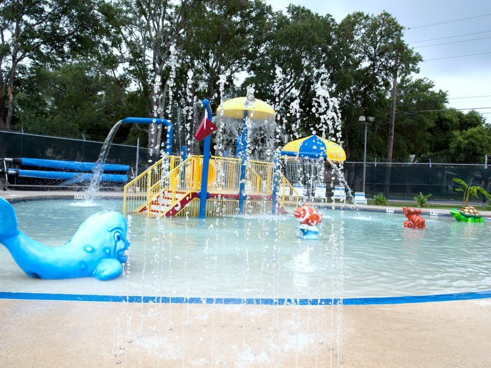 Awesome pools splash pads around austin do512 family Canterbury swimming pool opening hours