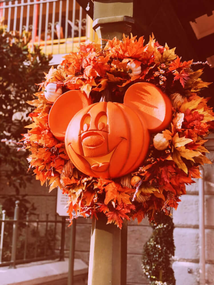 Everything you need to know to have the best time at 2019 Mickey's Not So Scary Halloween Party, including all the tips and tricks to get you through the night... #disney #disneyworld #waltdisneyworld #disneyblogger #wdw #magickingdom #mickeysnotsoscaryhalloweenparty #mnsshp Halloween at Disney | Halloween at Magic Kingdom | Halloween Party at Disney | Disney Halloween tips and tricks | Disney Halloween party tips and tricks | Disney fall | Walt Disney World | Halloween disney vacation