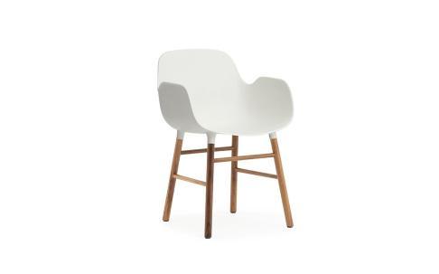 Form Armchair Walnut1 (1)